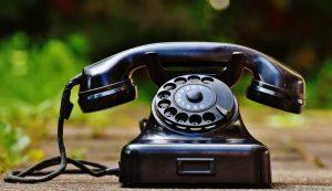 Journalisten ringer, telefon